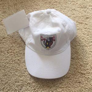 Brandy Melville queen of hearts hat